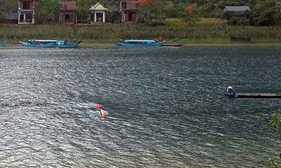 Người phụ nữ tử vong vì lốc xoáy làm lật thuyền du lịch