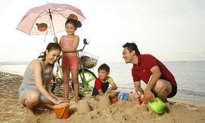 Làm thế nào để con được nghỉ hè đúng nghĩa, cha mẹ không lo lắng?