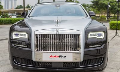 Rolls-Royce Ghost Series II gần 40 tỷ đồng về tay đại gia bí ẩn quê Thanh Hóa