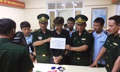 Hà Tĩnh: Bắt giữ đối tượng 9X cất giấu 431 viên hồng phiến