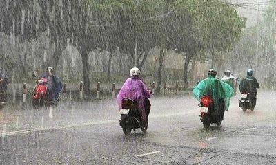 Dự báo thời tiết ngày 12/6: Bắc Bộ mưa giông, đề phòng tố lốc