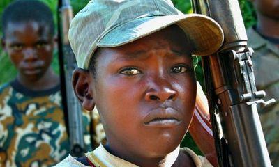 Bùng nổ chiến binh trẻ em ở châu Phi
