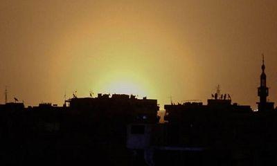 Israel bất ngờ phóng tên lửa vào sân bay ở thủ đô Syria