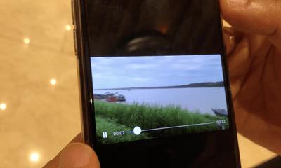 Chủ tịch Hà Nội yêu cầu xác minh tàu cảnh sát trong clip cát tặc lộng hành