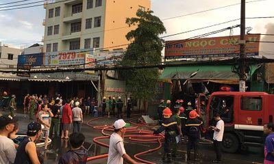 Kho vải tại TP.HCM chìm trong biển lửa sau trận bán kết World Cup