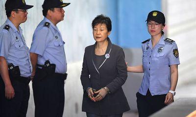 Cựu Tổng thống Hàn Quốc Park Geun Hye lĩnh thêm 8 năm tù