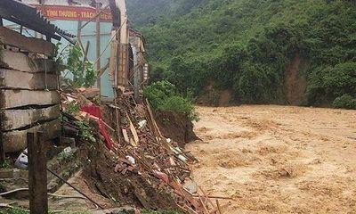 Nghệ An: Thiệt hại hơn 600 tỷ, 300 nhà dân vẫn đang bị cô lập sau bão số 3
