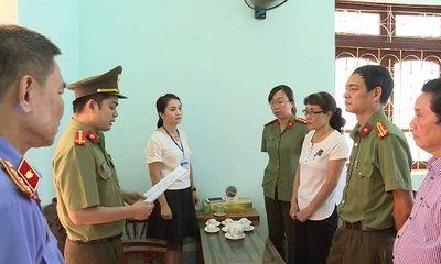 Vụ gian lận điểm thi ở Sơn La: Khám xét nhà riêng và phòng làm việc của các cán bộ