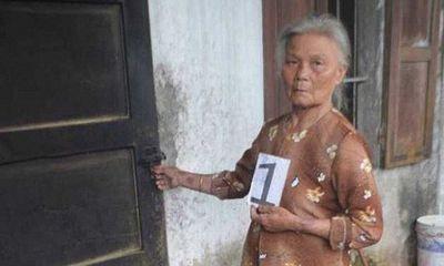 Khởi tố cụ bà 70 tuổi từng mang án treo vẫn đến