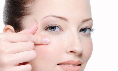 Trào lưu phẫu thuật mở góc mắt: Gặp biến chứng sẽ bị bể bờ mi