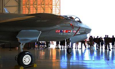 Dùng ứng dụng hẹn hò, nhân viên Không quân Anh làm rò rỉ thông tin bí mật về chiến đấu cơ F-35