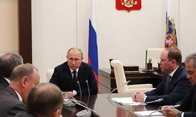 Mỹ có lệnh trừng phạt mới, ông Putin họp gấp với Hội đồng An ninh Nga