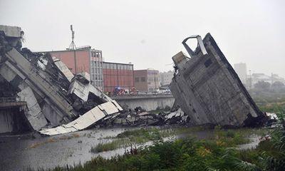 Italy: Kinh hoàng sập cầu cao 100m trên đường cao tốc, nhiều người thiệt mạng
