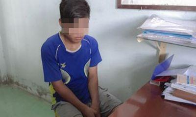Bắt khẩn cấp thiếu niên 15 tuổi hiếp dâm bé gái 8 tuổi