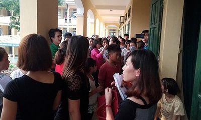 Chủ tịch Hà Nội yêu cầu báo cáo việc trường học thu gần 7,5 triệu đồng đầu năm
