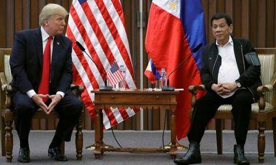 Tổng thống Philippines cáo buộc Mỹ gây ra suy thoái kinh tế