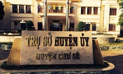 Trưởng ban Tổ chức huyện ủy bị cách chức vì dùng bằng đại học giả