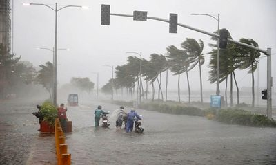 Tâm bão Mangkhut tiến vào biển Đông, Bắc Bộ mưa lớn trên diện rộng