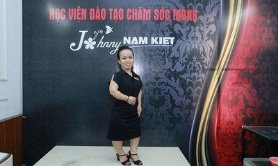 Trần Thị Hồng Thương – Một cây nấm giàu nghị lực sống tại Học viện Đào tạo thẩm mỹ Johnny Nam Kiệt
