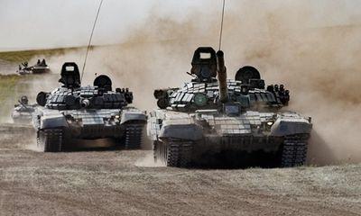 Cận cảnh giàn xe tăng, thiết giáp dũng mãnh của Nga trong cuộc tập trận lịch sử