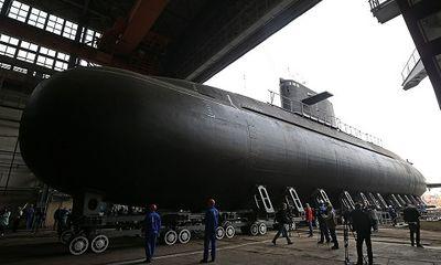 Nga hạ thủy tàu ngầm tàng hình 'bóng ma trên biển'