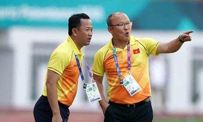 Trợ lý ngôn ngữ của HLV Park Hang Seo xin nghỉ việc trước thềm AFF Cup