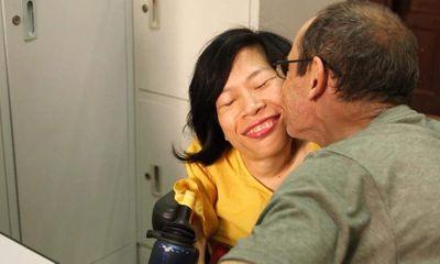 Phút trải lòng của cô gái khuyết tật lấy chàng kỹ sư người Úc mà không cần đám cưới