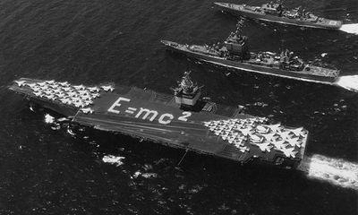 Hải quân Mỹ tốn 1,5 tỷ USD để phá hủy tàu sân bay đã cũ