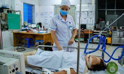 Nữ du khách tắm biển Vũng Tàu bị sét đánh tử vong: Do dùng điện thoại