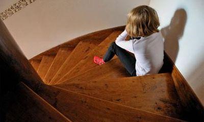 8 triệu chứng trẻ tự kỷ mà cha mẹ không thể không biết