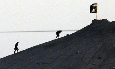 IS tấn công trại tị nạn ở Syria, bắt giữ 700 con tin