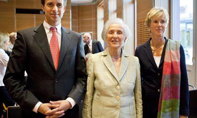 Lịch sử gây tranh cãi của gia tộc giàu nhất nước Đức sở hữu BMW