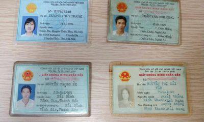 Hàng loạt giấy tờ quan trọng được thu gom từ hòm đồ thất lạc ở BV Bạch Mai