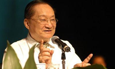 Tiểu thuyết kiếm hiệp Kim Dung bán chạy gấp 350 lần sau khi tác giả qua đời