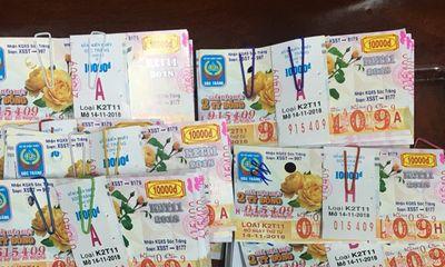 Hi hữu: Cùng lúc, một cán bộ Tây Ninh trúng thưởng 80 tờ vé số