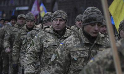 Ukraine báo động tác chiến toàn diện sau vụ Nga bắt giữ tàu hải quân ngoài khơi Crimea
