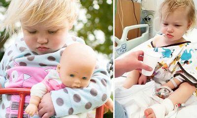 Mẹ phát hiện con gái nhỏ bị ung thư qua bức ảnh bố chụp có chi tiết lạ nhưng dễ bị bỏ qua
