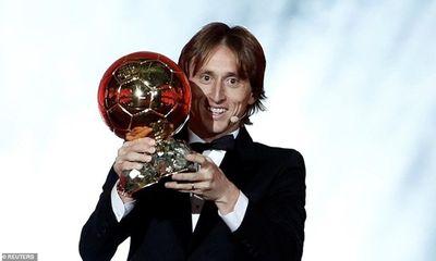 Luka Modric vượt Ronaldo, Messi giành Quả bóng Vàng 2018