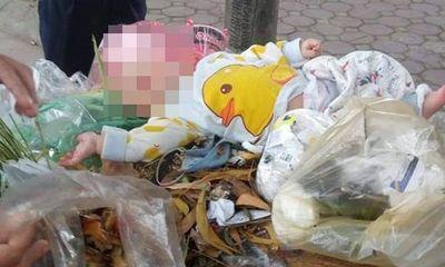 Tin tức thời sự 24h mới nhất ngày 6/12/2018: Xót xa bé trai 4 tháng tuổi bị bỏ rơi trong thùng rác