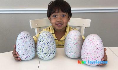 Góc làm giàu: Cậu bé 7 tuổi kiếm 22 triệu USD từ Youtube bằng cách đánh giá đồ chơi