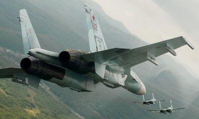 Tiêm kích Su-27, Su-30 của Nga ồ ạt bay tới bán đảo Crimea giữa lúc căng thẳng leo thang