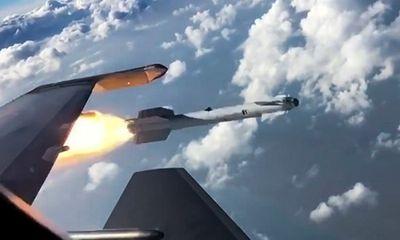 Nga tiết lộ tên lửa bội siêu thanh nhanh hơn 27 lần tốc độ âm thanh