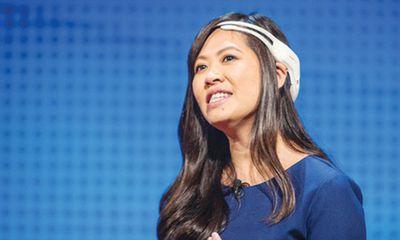 Nữ doanh nhân gốc Việt chế tạo thiết bị giúp lái xe F1 bằng suy nghĩ