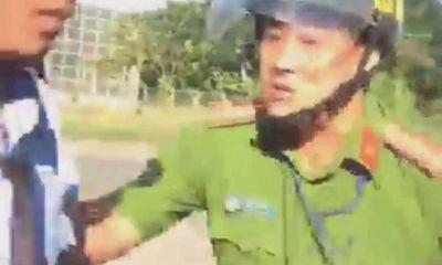 Tạm đình chỉ công tác thiếu tá công an chửi bới tài xế ở Bình Phước