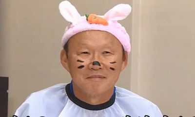 Video: Thầy Park bị phạt, hóa trang thành chú thỏ vô cùng dễ thương