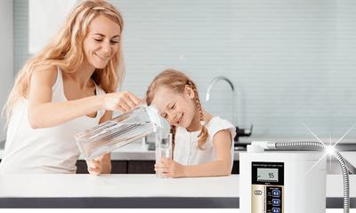 """Máy lọc nước điện giải nào """"đáng đồng tiền bát gạo"""" nhất năm 2019?"""