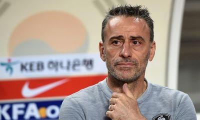 HLV Hàn Quốc chỉ trích hàng công đội nhà vì bất lực trước Qatar