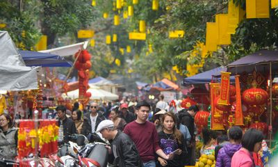 Khám phá chợ hoa Tết cổ xưa giữa lòng phố cổ Hà Nội