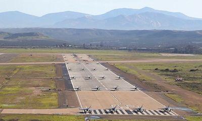 Mỹ điều 30 chiến đấu cơ 'ong bắp cày' F/A-18 đến cuộc tập trận 'Voi đi bộ'