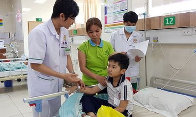 22 học sinh nhập viện nghi ngộ độc thực phẩm sau bữa ăn trưa tại nhà cô giáo